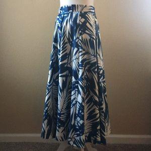 Skirt NWOT Romeo Juliet Couture
